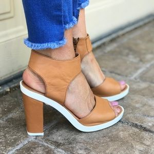 Butter Soft Leather Peep Toe Chic Heel Sandal